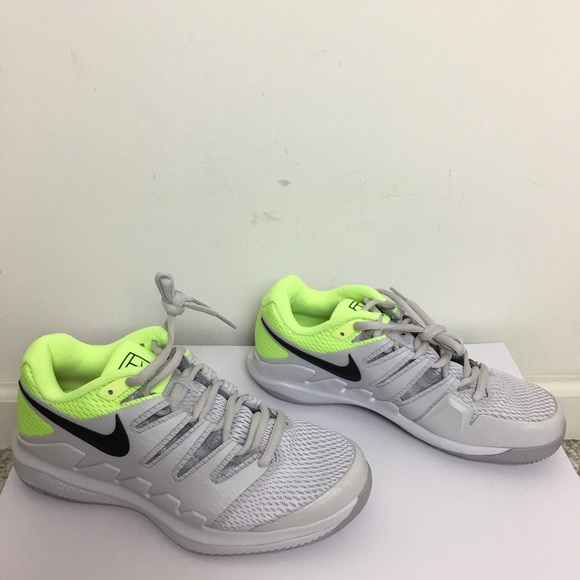 4950d7d66311 New Nike Air Zoom Vapor X HC Mens Tennis Shoes 6.5.  M 5c40fb1f9fe4861f5cae34f4